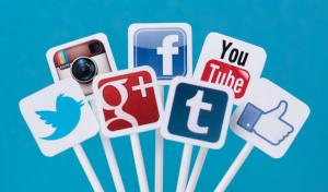 Lots O' Social Media